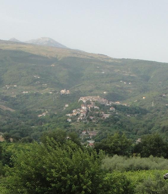 Manoppello - Il Santuario del Volto Santo e la Maiella