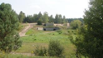 Una delle tante vallette su cui si aprono gli accessi alle fortificazioni sotterranee